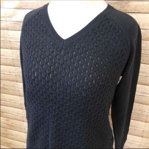 Banana Republic navy cable knit sweater 0081